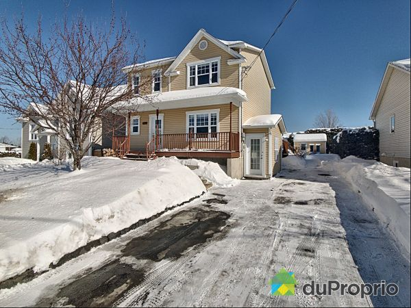 Winter Front - 2062 rue Coaticook, Sherbrooke (Jacques-Cartier) for sale