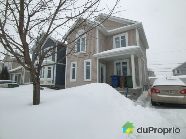 Winter Front - 75 rue Charles-Yelle, La Prairie for sale