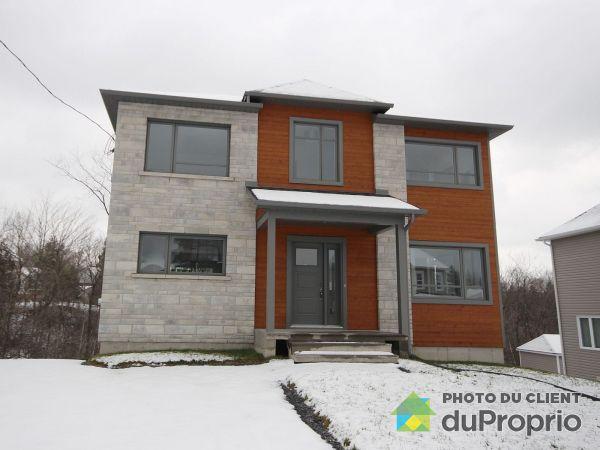 679, rue Charlevoix, Sherbrooke (Rock Forest) à vendre