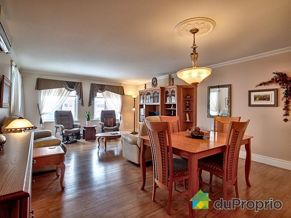 305-1100 boulevard Lebourgneuf, Lebourgneuf for sale