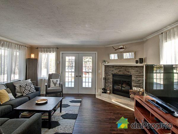Living Room - 313 rue du Cantonnier, St-Augustin-De-Desmaures for sale