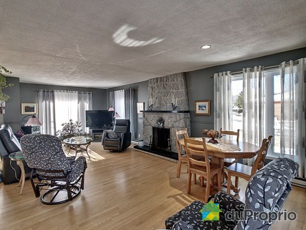 Living / Dining Room - 17 rue du Domaine-Fortin, Baie-St-Paul for sale