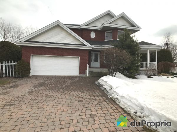 12 rue Charles Allard, Chambly for sale