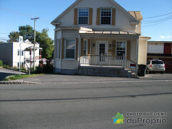 Summer Front - 830-832, avenue Royale, Beauport for sale