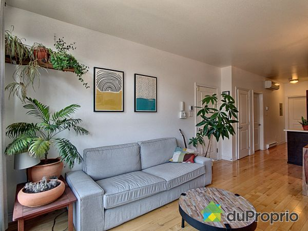 Living Room - 202-7965 rue Saint-Hubert, Villeray / St-Michel / Parc-Extension for sale