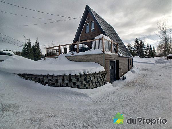 2051 chemin de la Baie-Boudreault, Alma for sale