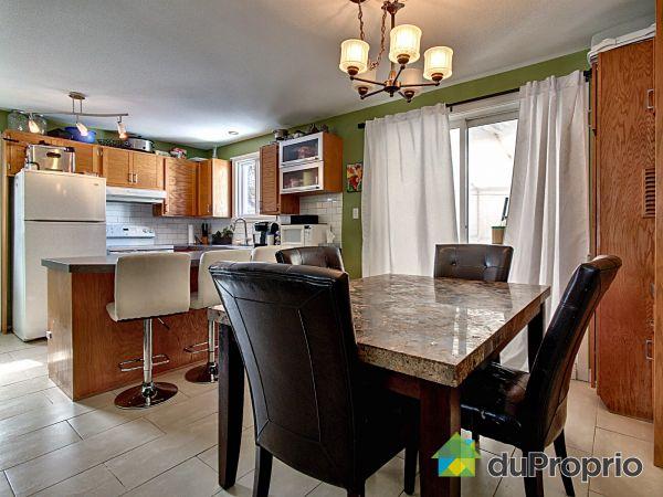 Kitchen - 93 rue de l'Anse, St-Rédempteur for sale
