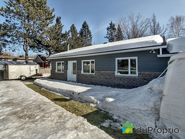 Winter Front - 1453 rue Jacques-Bédard, Lac-St-Charles for sale