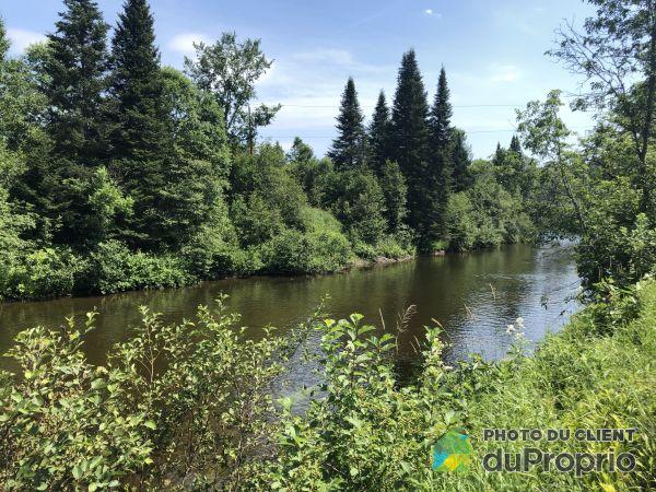 Woods -  chemin des Rives, Boileau for sale