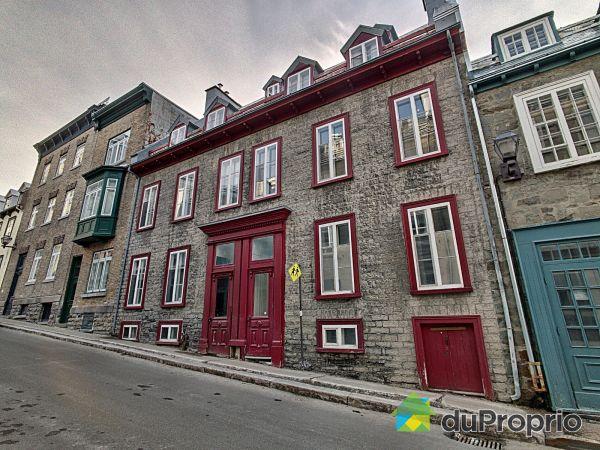 8, rue Sainte-Famille, Vieux-Québec for sale