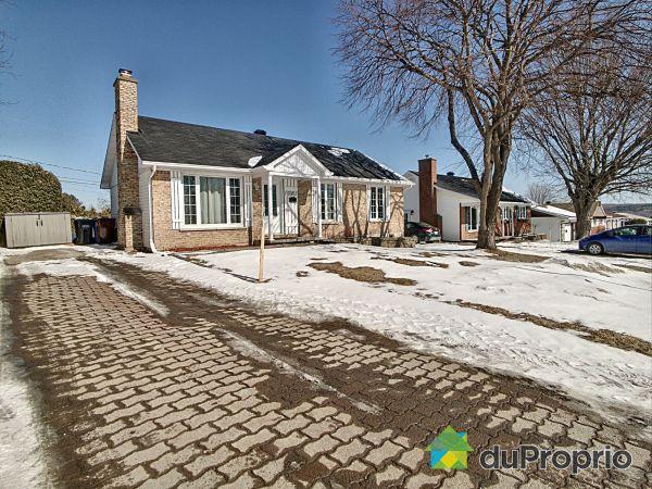 Winter Front - 1081 rue Després, Sherbrooke (Fleurimont) for sale