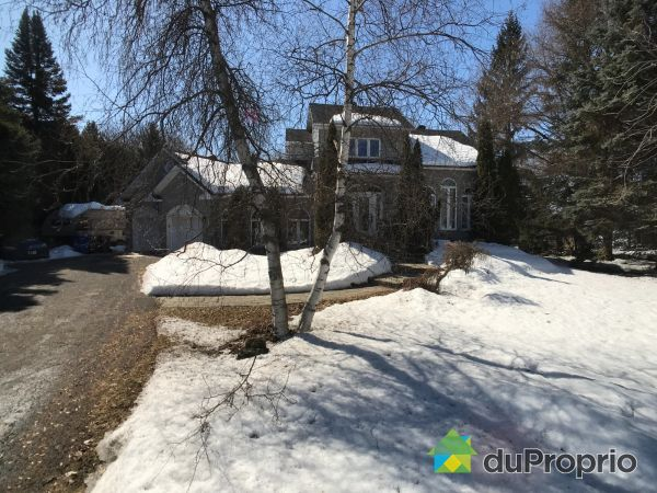Winter Front - 945 chemin du Golf, L'Assomption for sale
