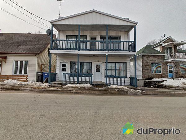 380-382, rue Sainte-Anne, Ste-Anne-De-La-Perade for sale