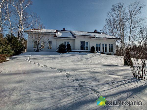 11 chemin du Lac-Osman, St-Fulgence for sale