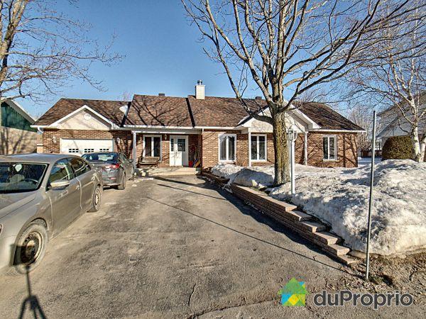 4, 3e Rue Est, St-François-De-La-Rivière-Du-Sud à vendre