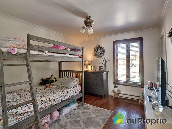 Bedroom 2 - 421 9e Avenue, Richelieu for sale