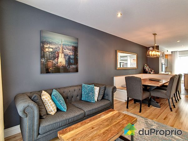 Dining Room / Living Room - 369 rue Berri, Ville-Marie (Centre-Ville et Vieux Mtl) for sale