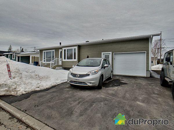 Winter Front - 678 rue des Galets, Rimouski (Rimouski-Est) for sale