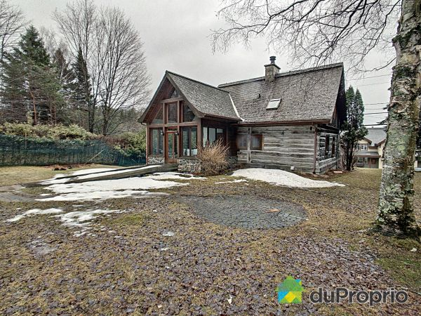 Buildings - 2202 chemin du Village, Mont-Tremblant for sale