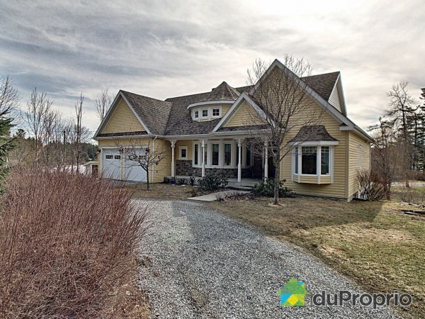 3137 chemin Round Bay, Ayer's Cliff for sale