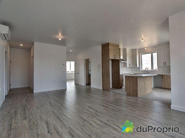 334 rue des Chalets - Par HD Construction, Victoriaville for sale