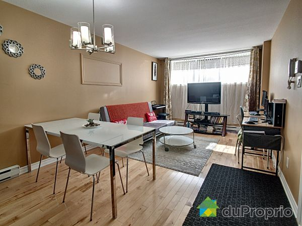 Dining Room / Living Room - 1-7925 rue Saint-Hubert, Villeray / St-Michel / Parc-Extension for sale