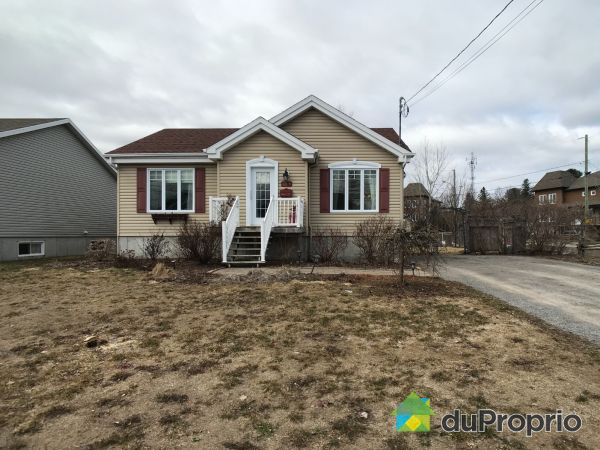 68 rue Saint-Pierre, Pont-Rouge for sale