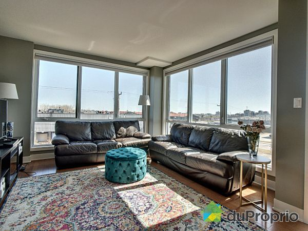 Living Room - 303-3399 avenue Jacques-Bureau, Chomedey for sale