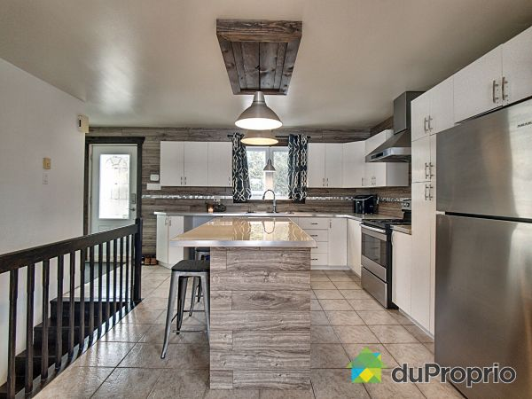 Kitchen - 105 rue Simard, St-Calixte for sale