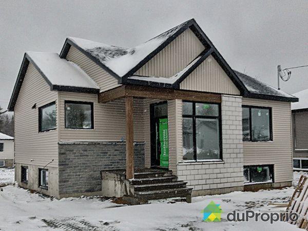 225, 117e avenue - Par les Habitations Xavier Brouillette, Drummondville (Drummondville) à vendre