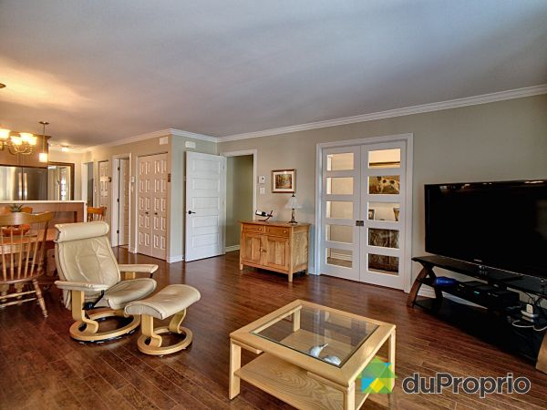 Living Room - 107-1420 rue Principale, St-Zotique for sale