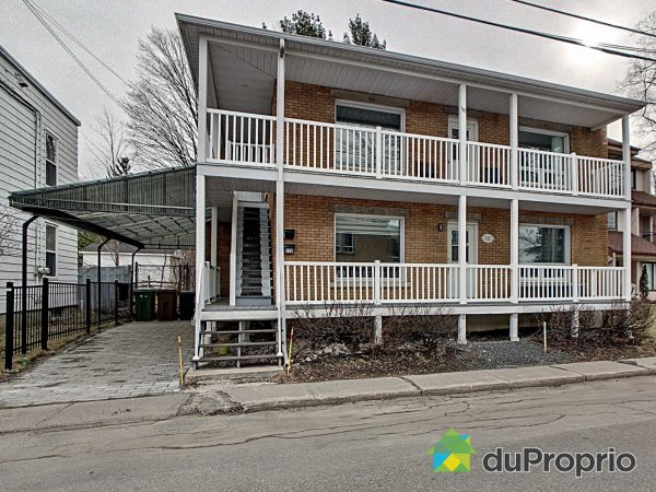 Winter Front - 112-116, rue Victoria, Victoriaville for sale