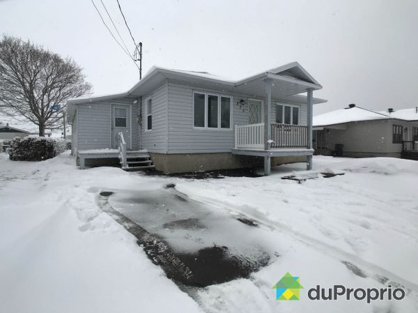 Winter Front - 275 rue Thibodeau, Ste-Croix for sale