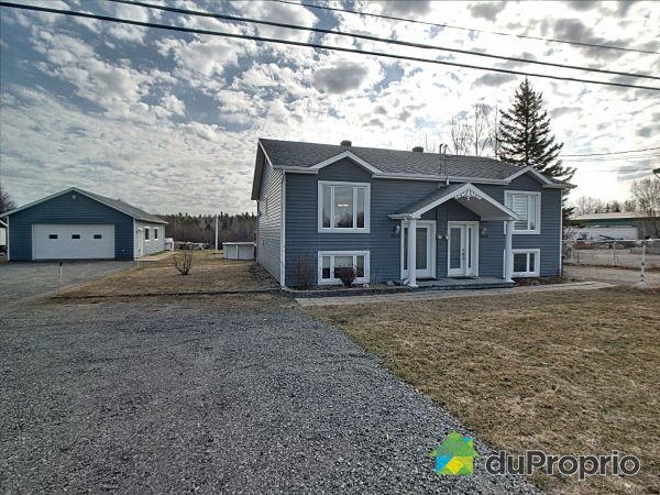 3633 avenue du Pont Nord, Alma for sale