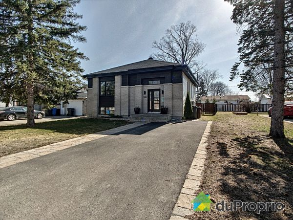 456 8e Avenue, Deux-Montagnes for sale