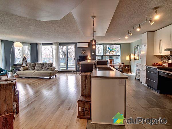 Entrée de l'appartement - 103-8, rue Riverside, St-Lambert à vendre