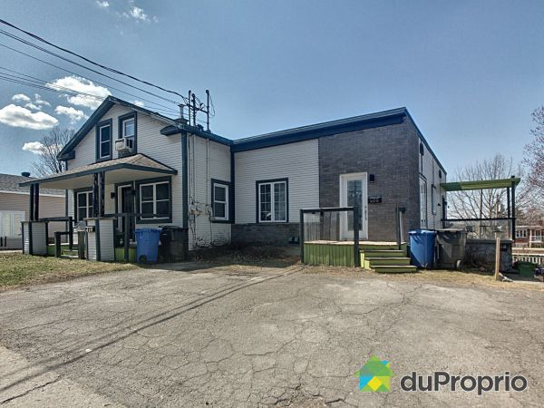 406-408-410, rue Saint-Charles Sud, Granby for sale