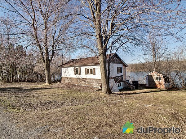 Waterfront - 2860 chemin des Patriotes, St-Ours for sale