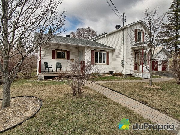 525 rue Saint-Patrice E, Magog for sale