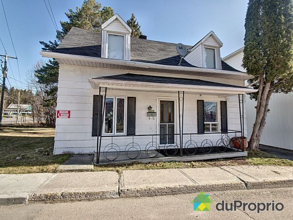 3970 rue Saint-Christophe, Jonquière (Jonquière) for sale