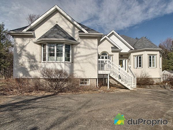 101 terrasse Marcoux, Ste-Sophie for sale