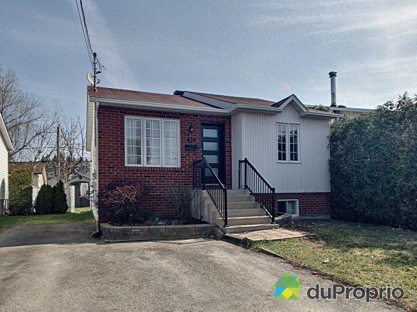 929 12e Avenue, Fabreville for sale