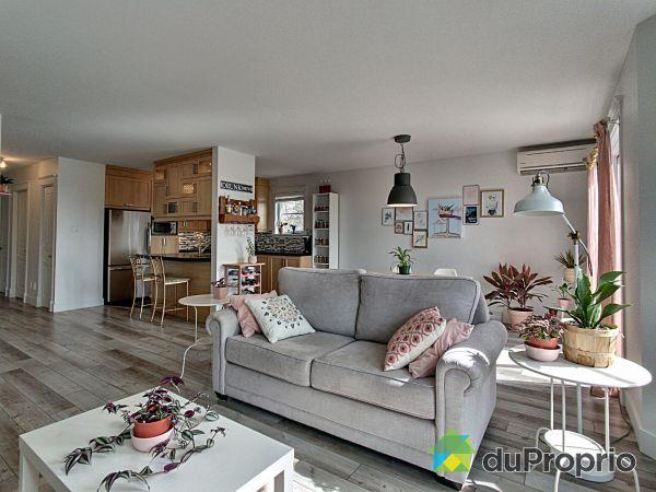 Living Room - 8-2460 boul. Bastien, Neufchatel for sale