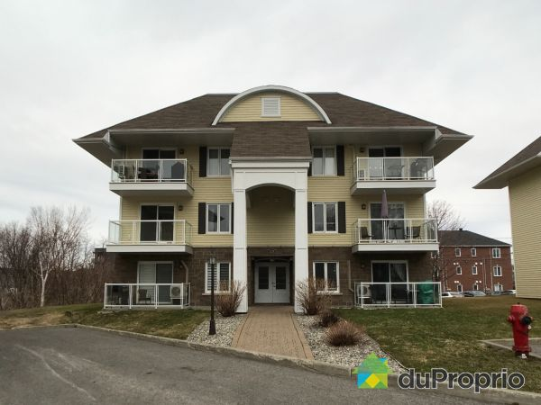 102-1276 RUE MARIUS-BARBEAU, Lévis for sale