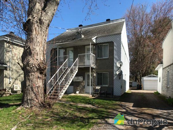 140-142-144-146, rue de Champlain, Berthierville à vendre