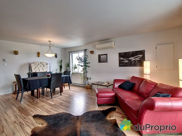 Living Room - F3-6 rue de la Coopérative, Rigaud for sale