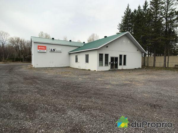 584-588, Route 131, ND-Des-Prairies à vendre