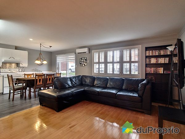 Living / Dining Room - 103-2375 boulevard Jacques-Marcil, Longueuil (St-Hubert) for sale