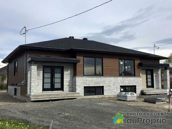 49 et 51 rue du Sous-Bois - Par Blais Construction, St-Anselme for sale