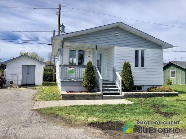 117 46e Avenue, St-Zotique for sale